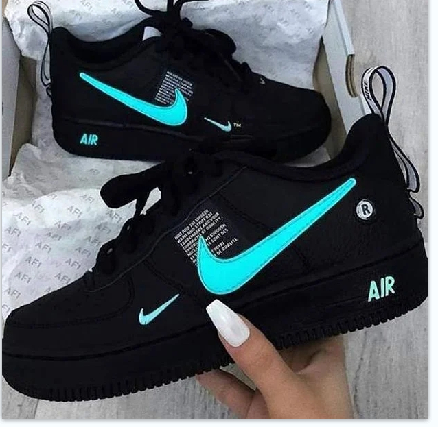 Image of NIKE AIR FORCE 1 AF1 ladies and men's low-top casual sneakers shoes