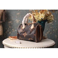 LV Louis Vuitton WOMEN'S MONOGRAM CANVAS SPEEDY 25 HANDBAG SHOULDER BAG