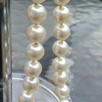"""Vintage Stunning Single Strand Faux Pearl Necklace, 24"""" - Elegant  / Classy / Wedding / Mother's Day / Gift / Graduation"""