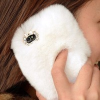 Furry Lace Cover for iPhone 5