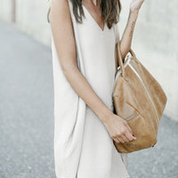White V Neck Sleeveless Loose Dress
