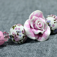 Fashion hand-decorated safety pin to adorn Hats and Jackets, close Cardigan and Scarves - Color White and Pink