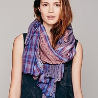 Womens Pieced Lace Scarf -