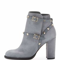 Valentino Rockstud Suede 100mm Ankle Boot, Light Gray