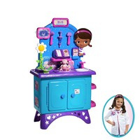 Disney Doc McStuffins Checkup Center & Dress-up Outfit Gift Set, Size: One