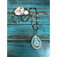 1N367TST Turquoise crackle santa fe teardrop necklace w/ AB crystals