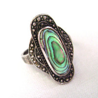 SALE-- Vintage Sterling Silver Abalone Ring, antique Victorian style, multi-colored irridescent shell, vintage ring