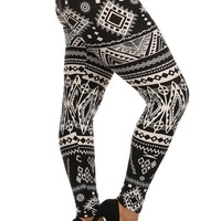 Plus Size Aztec Border Print Leggings
