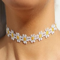 eKingstore Delicate Daisy Flower Choker Chain Necklace Yellow & White Boho 80s 90s