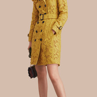 Ruffle Detail Macramé Lace Trench Coat Dandelion | Burberry
