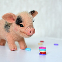 Needle felted Little piglet