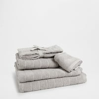 COTTON JACQUARD TOWEL - Towels - Bathroom | Zara Home United States