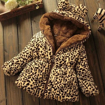 The new winter children's clothing baby girls thick padded jacket sherpa models warm leopard coat = 1828311300