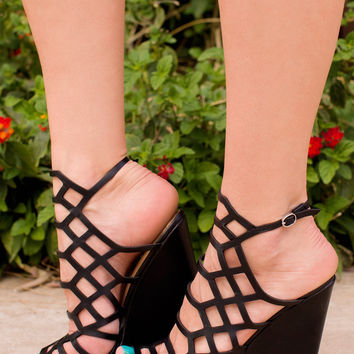 Strings Attached Wedges - Black