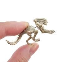 Xenomorph Alien vs. Predator AVP Shaped Front and Back Stud Earrings in Gold