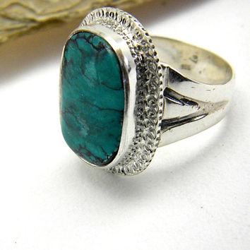 Large turquoise Ring in Sterling silver, Statement big ring, natural turquoise Stone, Artisan modernist cocktail ring size 7.5 handmade ring