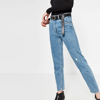 HIGH WAISTED MUM FIT JEANS