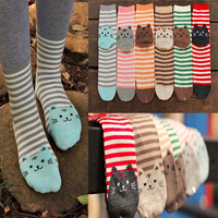 Women Femmel Cat Footprints Socks Korean Striped Socks For Women Girls Winter Cotton Warm 3D Length Floor Sock meias feminina