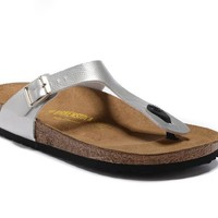 Men's and Women's BIRKENSTOCK sandals  Gizeh Birko-Flor Patent 632632288-030