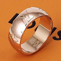 LV Louis Vuitton new personality beveled lettering fashion couple men and women ring Rose gold