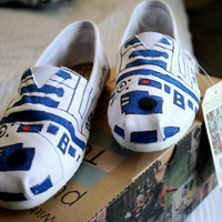 Custom White R2D2 Toms, Pick your own quote, Perfect for Star Wars fans, Free customizations