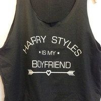 Crop top Harry Styles is my boy friend  / quote T shirt / slogan T shirt / silk screen printed with 100% soft cotton high quality