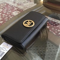 NWT, Michael Kors Fulton Flap Continental Pebbled Leather black Wallet $188