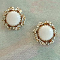 Enamel Rhinestone Unusual White Cab Clip On Earrings Vintage Jewelry