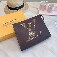 LV Louis Vuitton Simple Retro Clutch Wash Bag