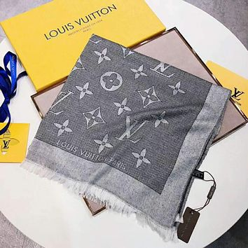 LV Louis Vuitton 2018 autumn and winter new classic print pattern shawl big square scarf F-TMWJ-XDH