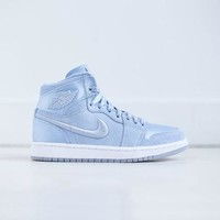 DCCK Nike WMNS Air Jordan 1 Retro High SOH - Hydrogen Blue / White