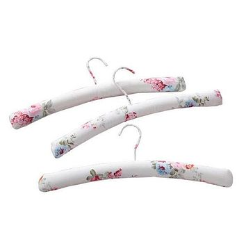 Set of 3 Pink Rose Pattern Padded Clothes Hangers