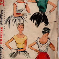 1950s Simplicity Sewing Pattern Sleeveless Fitted Blouse Scalloped Neck Scooped Neckline Vintage Rockabilly Fashion Bust 30