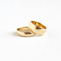 """Vintage 14k Yellow Gold """"1948"""" His and Her Original Wedding Band Ring Set - 1940s Size 5 & 8.5 Retro Wide Cigar Fine Bridal Jewelry"""