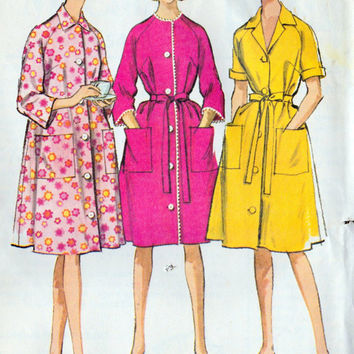 "1960s Misses Robe or Housecoat Vintage Sewing Pattern, McCall's 7554 bust 38 to 40"" uncut"
