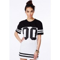 Missguided - Debbe Monochrome Oversized Baseball T-Shirt Dress