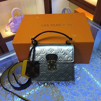 LV Louis Vuitton MONOGRAM VERNIS LEATHER Spring Street INCLINED SHOULDER BAG