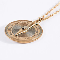 Love Spinner Necklace in Gold - Urban Outfitters