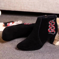 Gucci Hot Sale Trending Fashion Snake Embroider Delicate High-Heeled Boots Black