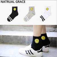 5Pairs Smiling Face Women's Socks For Autumn Winter Spring Wear Popsocket Cotton Material Casual Style Female Short Socks