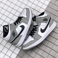 Nike Air Jordan 1 Mid Light Smoke New fashion hook sports leisure shoes Grey