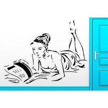 Wall Sticker Girl Read Book in Bed Reading Cool Decor For Living Room Unique Gift (z2526)