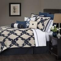 Marquis by Waterford Baltovin Scroll 4-pc. Comforter Set - King