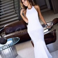 Sexy Backless White Polyester Mermaid Prom Dresses 2017 Casual Halter Neck Cheap Long Maxi Evening Party Gowns Dress