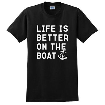 Life is better on the boat, fishing, camping, funny saying, workout graphic T Shirt