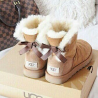 """""""UGG"""" Women male Fashion Wool Snow Boots side edge bowknot Chestnut"""