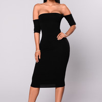 Lola Off Shoulder Dress - Black