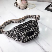 [Limited time specials] * seconds delivery * Dior ladies pocket chest bag