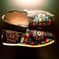 Black Tribal Toms Men by ClarCouture on Etsy