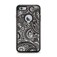 The Black & White Pasiley Pattern Apple iPhone 6 Plus Otterbox Defender Case Skin Set